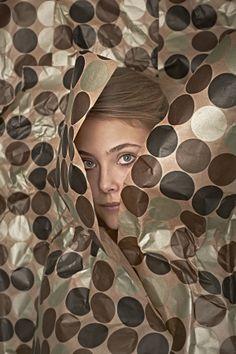 VOLKSKRANT by Arjan Benning, via Behance