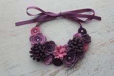 Wool Felt Flower Bib Necklace Shades of por SnuggleBugsBowtique, $29.99