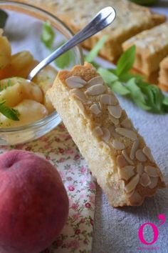 Financier à partager Brunch, Cake, Muffins, Desserts, Financier, Recipes, Kitchens, Tailgate Desserts, Muffin