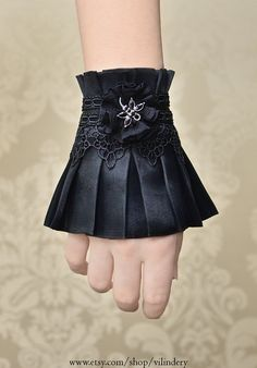 Little Gothic Victorian Cuff Bracelet with Dragonfly, Cute Lolita Vampire Style, Beautiful Dark Fashion, Elegant Goth Wedding hand jewelry