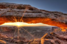 Mesa Arch | Photograph Sunrise at Mesa Arch by Robert Arrington on 500px