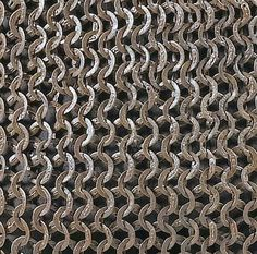 Detail of a triple riveted Mamluk mail shirt from Egypt. Arm Armor, Body Armor, Chainmail Armor, Scale Mail, Armadura Medieval, Texture Mapping, Knights Templar, Ottoman Empire, Chain Mail