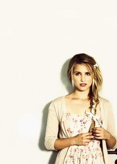 Dianna Agron. Flamingo dress.