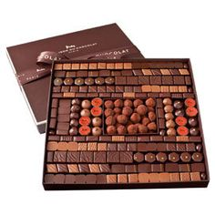 La Maison du Chocolat Boite Maison. Want this giant box of chocolate!