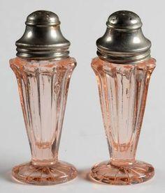 "Jeannette Glass ""Sierra"" Pattern Salt and Pepper Shakers in Pink (1931-1933) Depression Glass"