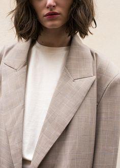 #newarrivals #taupe #plaid #roomy #blazer #thefrankieshop #frankiegirl #frankienyc Two Button Taupe Plaid Blazer – The Frankie Shop