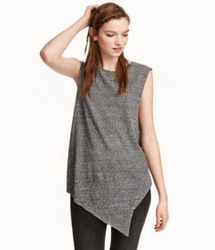 Gray/black striped. Sleeveless top in cotton-blend jersey with a printed pattern, raw edges, and an asymmetric hem.