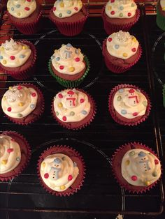 Red Velvet Christmas Cupcakes (Christmas 2015) Christmas Cupcakes, Christmas 2015, Red Velvet, Baking, Desserts, Food, Christmas Crackers, Red Valvet, Bread Making
