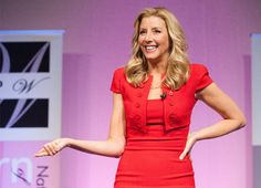"How Sara Blakely ""Failed"" Her Way to Billions"