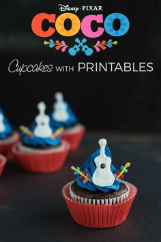 Adorable Disney Pixar Coco Inspired Guitar Cupcakes Recipe with Printables Coco Disney, Disney Food, Disney Pixar, Disney Magic, Guitar Cupcakes, Fun Cupcakes, Disney Cupcakes, Chocolate Cake Mixes, Melting Chocolate