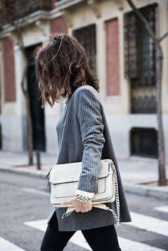 Pinstripe_Blazer #streetstyle #fashion #blogger