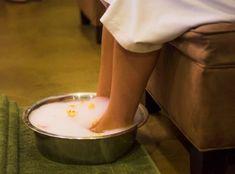 Здоровье начинается с ног. Наши ноги каждый день переносят колоссальную нагрузку: мы легко ходим, удерживая равновесие, да при этом еще и на каблуках.Стоит ли говорить, что здоровье начинается с ног. Cotton Candy, Ethnic Recipes, Food, Essen, Meals, Yemek, Floss Sugar, Eten