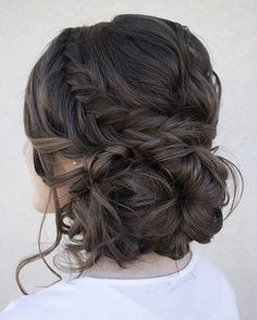Loose serpentine braids make this updo standout. Hair & Makeup by Steph, Wedding Hairstyles, Hair Updos Loose serpentine braids make this updo standout. Hair & Makeup by Steph, Wedding Hairstyles, Hair Updos Fall Wedding Hairstyles, Fancy Hairstyles, Bridal Hairstyles, Hairstyle Ideas, Quince Hairstyles, Latest Hairstyles, Hairstyle Wedding, Beautiful Hairstyles, Brunette Hairstyles