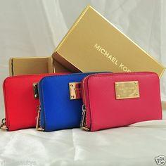 Michael Kors ; phone case/wallet