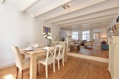 Spacious APT for 4 | NEXT TO ANNE FRANK HOUSE - Appartements à louer à Amsterdam, Noord-Holland, Pays-Bas Amsterdam, Dining Room, Dining Table, Living Area, Anne Frank, Furniture, Paris, Home Decor, Netherlands