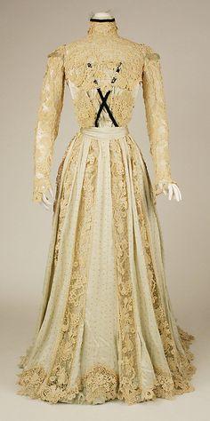1902 Dress