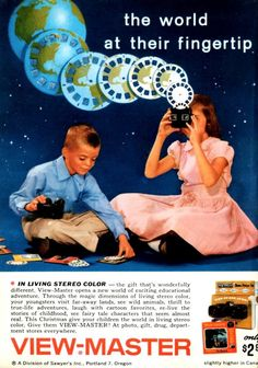 See dozens of vintage View-Master reels & viewers: Classic toys that made color pictures come to life - Click Americana Take a look! Vintage View-Master reels and viewers - Vintage Toys 1970s, 1960s Toys, Retro Toys, Vintage Ads, Vintage Stuff, Vintage Posters, My Childhood Memories, Childhood Toys, Best Memories