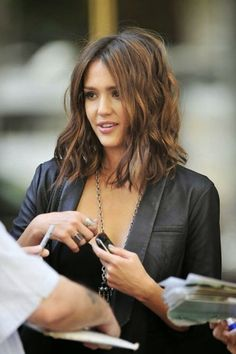 Jessica Alba long bob the fashion medley LOVE her hair.when I muster up the courage to cut it :) My Hairstyle, Pretty Hairstyles, Hairstyles 2016, Layered Hairstyles, Longer Bob Hairstyles, Asian Hairstyles, Stylish Hairstyles, Hairstyles Pictures, Creative Hairstyles