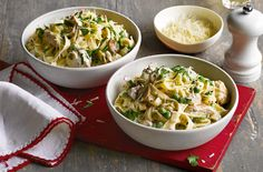 This creamy pasta dish, with chicken, mushrooms and peas, can be made in under 30 minutes. Head to Tesco Real Food for more pasta recipes & dinner ideas.