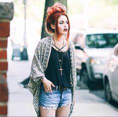 Lehappy fashion blogger
