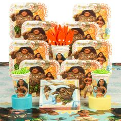 Moana Deluxe Tableware Kit from Birthday in a Box is perfect for your Moana party Moana Themed Party, Moana Birthday Party, Birthday Box, Birthday Gifts, Moana Party Supplies, Candle Reading, Plastic Table Covers, Balloon Bouquet, Art Party