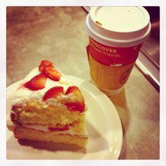 mmmm coffee and cake:)