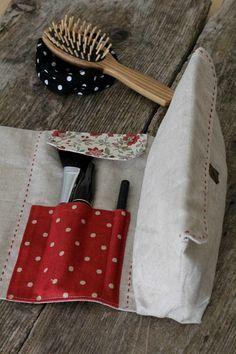 Pour travailler les tissus Greengate inclus dans la fabric box nous avons proposé le tuto d'une pochette à maquillage  La pochette...