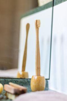 NEU❕Für unsere #plastikfreien Zahnbürsten der passende Halter - ebenfalls zu 100% ohne Plastik 🤩 #zahnbürstenhalter #badezimmer #bad #toothbrushholder #bathroom #plastikfrei #vegan #umweltfreundlich #nachhaltig #bambus #plasticfree #ecofriendly #bamboo #bürstenliebe #bürstenmacherin #bürstenerzeugung
