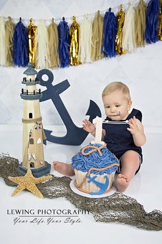 Nautical cake smash session = super cute