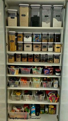 Ideas for kitchen storage organization pantry organisation projects Kitchen Pantry Design, Kitchen Organization Pantry, Diy Kitchen Storage, Interior Design Kitchen, Pantry Ideas, Organized Pantry, Kitchen Pantries, Organize Small Pantry, Pantry Cupboard