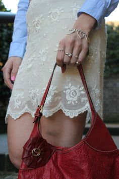 Lace skirt (Fashion tip #10) – The Indian Savage diary