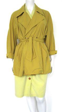 www.rewindplayfas... De webshop voor tweedehands designerkleding en vintage!