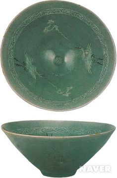 청자 상감 운학문 대접 Celadon Bowl with inlay design, Goryeo Dynasty Korean Art , Porcelain, Antiques : More At FOSTERGINGER @ Pinterest