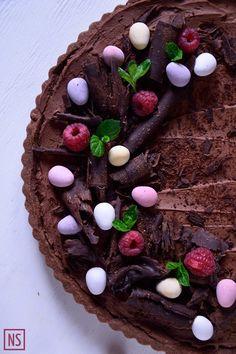 Mazurek czekoladowy z malinami (Easter chocolate tart with raspberries)   Nutka Słodyczy