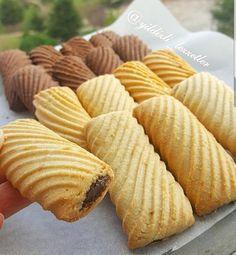Nokta dahi olsa yaptığınız yorumlarla bana o ka Turkish Recipes, Greek Recipes, My Recipes, Cookie Recipes, Pie Crust Designs, Turkey Cake, Cute Desserts, Italian Cookies, Middle Eastern Recipes