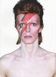 David Bowie #man #makeup #celebrities #manstyle