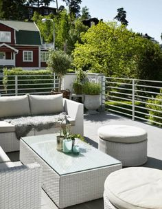 Light Outdoor Furniture