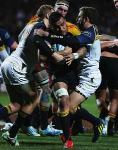 The Chiefs' Liam Messam charges towards the try line Love #rugby? Visit my blog www.rocky-rugby.com