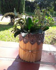Mason Jar Crafts – How To Chalk Paint Your Mason Jars - Mimicrop Chalk Paint Mason Jars, Painted Mason Jars, Diys, Make A Door, Floating Candle Centerpieces, Diy Blanket Ladder, Mason Jar Flowers, Aluminum Cans, Popsicle Stick Crafts