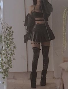 Grunge Outfits, Edgy Outfits, Teen Fashion Outfits, Retro Outfits, Cute Casual Outfits, Goth Girl Outfits, Aesthetic Grunge Outfit, Aesthetic Clothes, Mode Emo