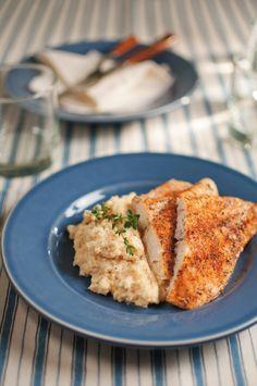 Oven-Baked Blackened Catfish & Savory Cheese Grits — The Catfish Institute Baked Catfish, Blackened Catfish, Catfish Recipes, Seafood Recipes, Cooking Recipes, Dinner Recipes, Cooking Ideas, Fall Recipes, Dinner Ideas