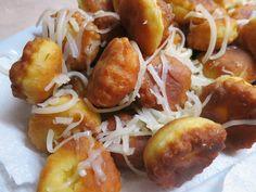 Ζουζουνομαγειρέματα: Τραγανές τηγανιτές φούσκες με κασέρι!