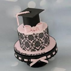 cograts graduation cakes for girls graduation cake ideas - Graduation pictures,high school Graduation,Graduation party ideas,Graduation balloons Happy Graduation Day, Graduation Cake, Graduation Balloons, Cold Cake, Pear Cake, Girl Cakes, Sweet 16 Parties, Cakes For Boys, Cake Toppings