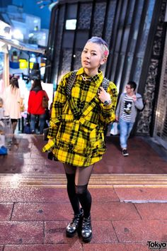 Kaoru is a Kera Magazine reader model & indie Japanese fashion designer who we see often around Harajuku. This time, we met her on the famous Spain Zaka in Shibuya. Her look includes a Jimsinn harness top & Glad News yin-yang backpack. Check all of Kaoru's snaps here! #tokyofashion #streetsnaps