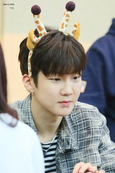 10 Times Lee SeungHoon Dominated the EXIT:E Era (LSH Exit:E Updates) - OMONA THEY DIDN'T! Endless charms, endless possibilities ♥