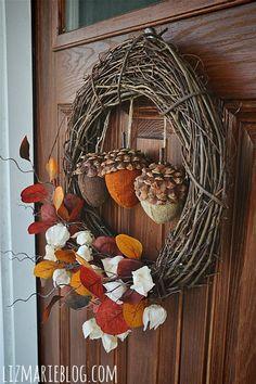 DIY Fall Wreath - use styrofoam and pine cones for acorns.