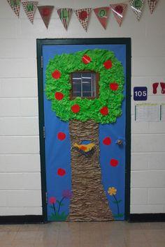 Classroom door #appletree #birdnest #bird
