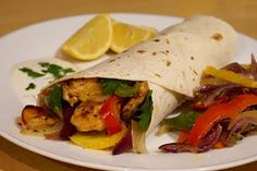 This is a recipe for a easy chicken fajita you can create anytime at home. A fun meal for the family and especially the children who can. Easy Chicken Fajitas, Chicken Fajita Casserole, Yogurt Dip Recipe, Dips, Tacos, Good Food, Meals, Ethnic Recipes, Blog