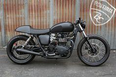 BritishCustoms - Pipeburn - Purveyors of Classic Motorcycles, Cafe Racers & Custom motorbikes