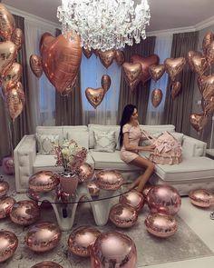 Dress cake, birthday wishes, girl birthday, balloon decorations, room decor Birthday Ideas For Her, Birthday Goals, Fabulous Birthday, 20th Birthday, Birthday Photos, Birthday Bash, Girl Birthday, Birthday Parties, Cake Birthday